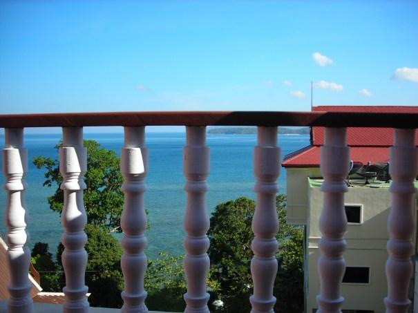 房間陽台可以看到海