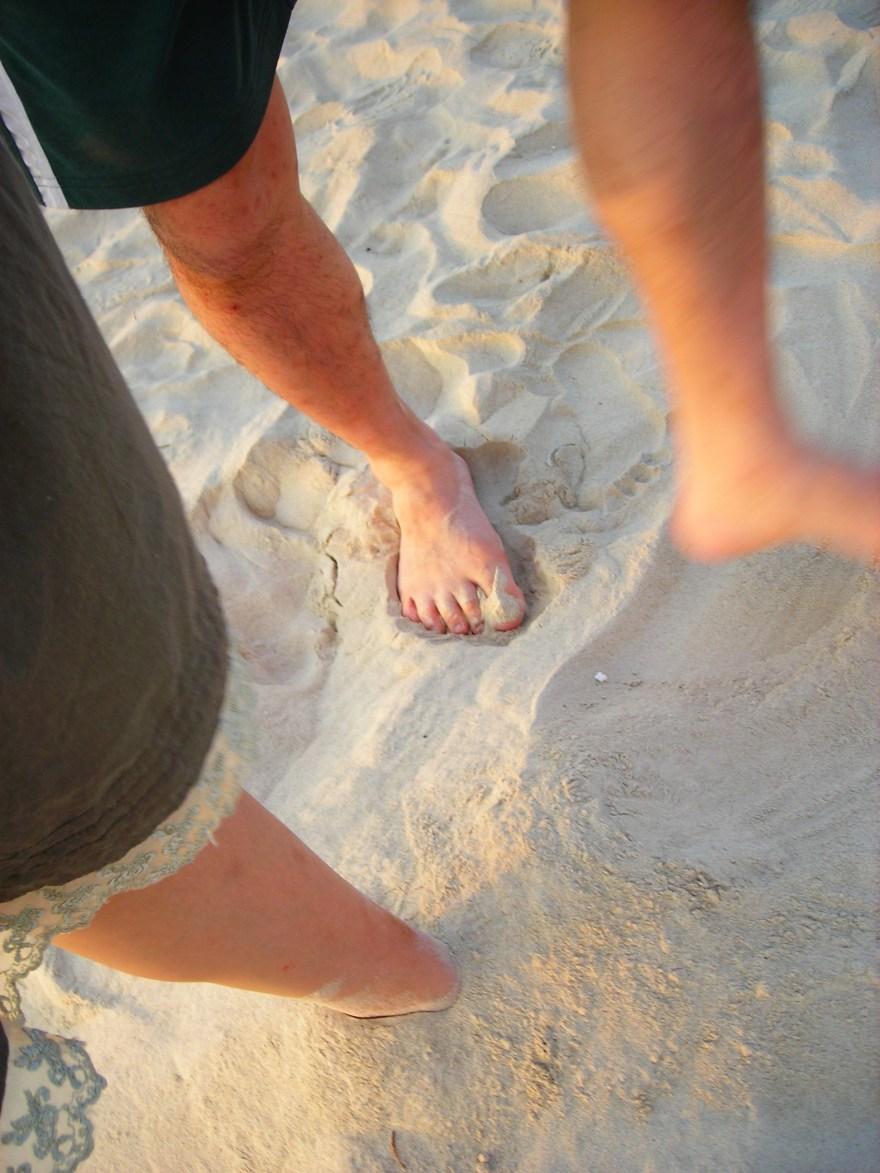 真的照得很隨興,就玩沙啊