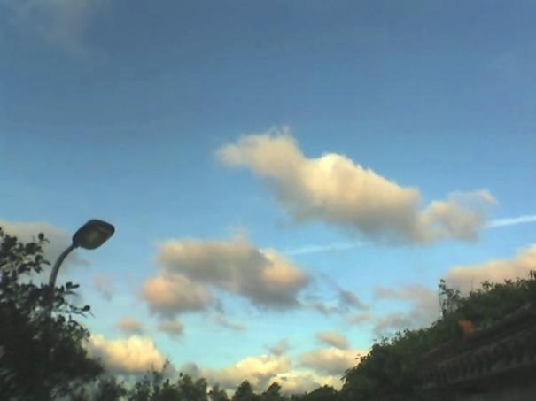 雲哪,漂浮感,夢。