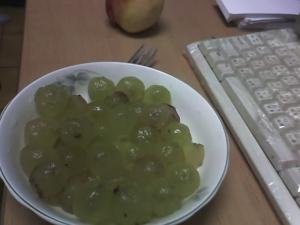 裸體的葡萄